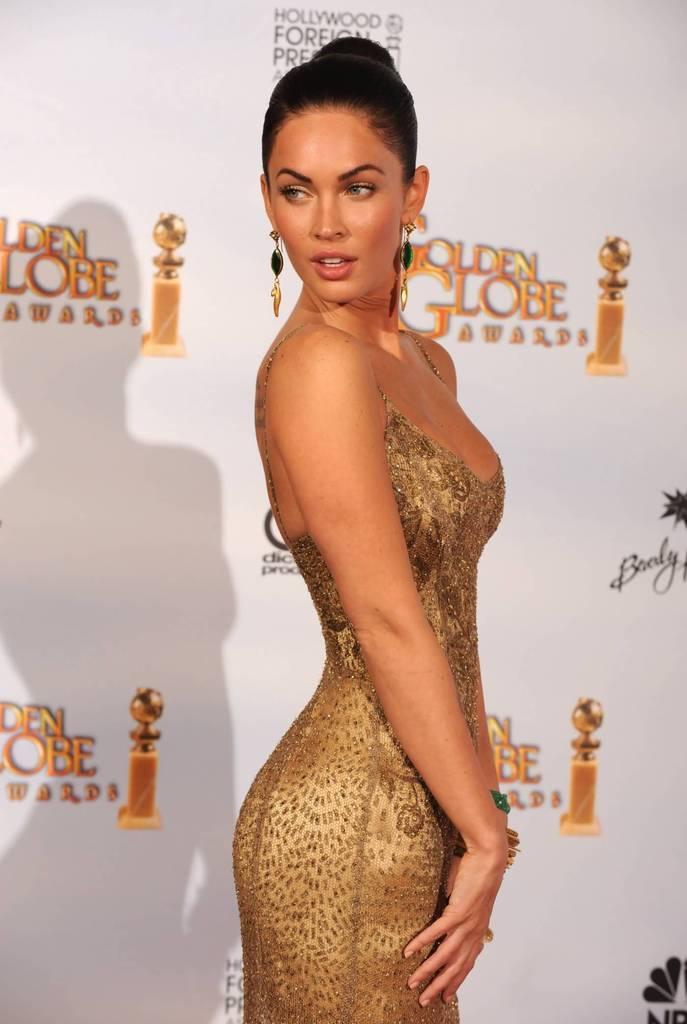 Sexy Megan Fox Pictures - 2009 Golden Globes Awards - Sexy Actress Pictures   Hot Actress Pictures