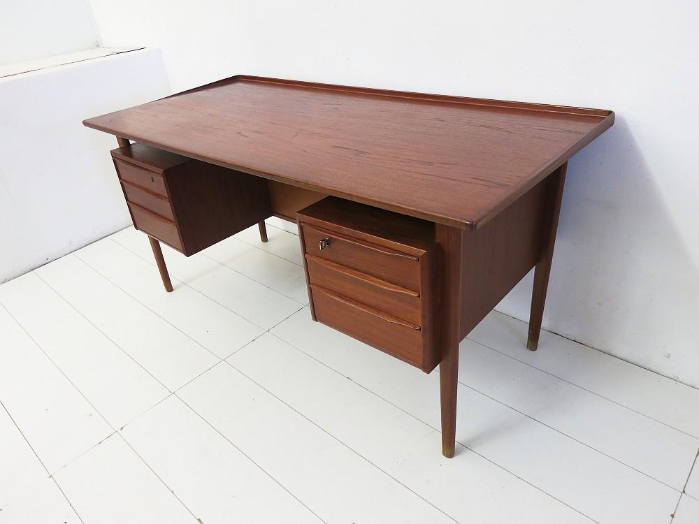 teak schreibtisch von peter l vig scandinavian design ebay. Black Bedroom Furniture Sets. Home Design Ideas