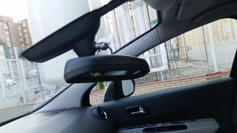 Brico montaje del espejo de vigilancia infantil foro peugeot for Espejo retrovisor interior