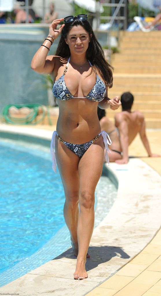 Sexy Casey Batchelor Bikini Pictures