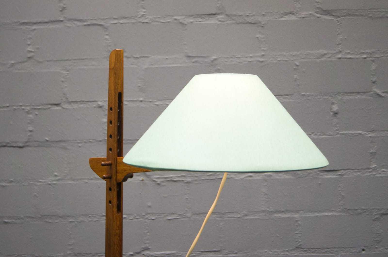 teak tripod lampe stehlampe floor lamp skandinavisch 60er 70er. Black Bedroom Furniture Sets. Home Design Ideas