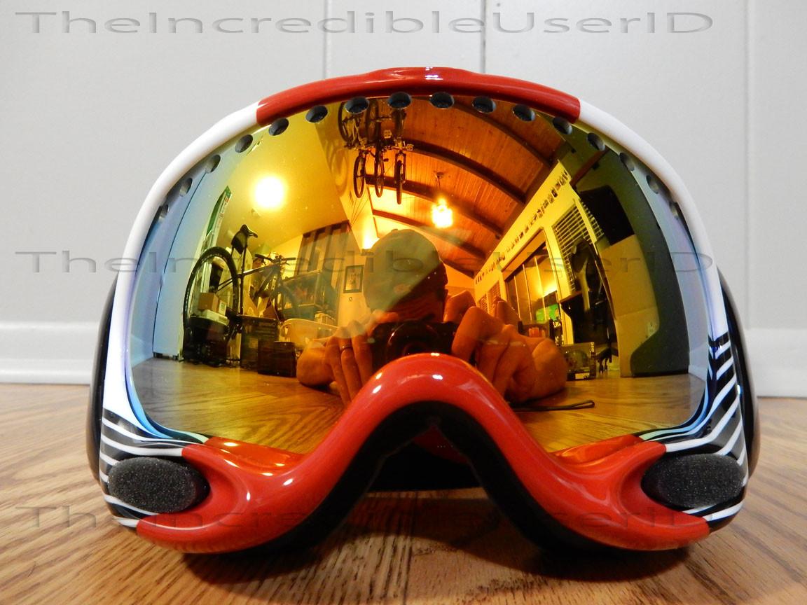 oakley hi yellow goggles  white block stripes red