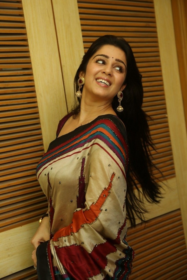 Sexy Charmi Pictures in a Saree - Sexy Actress Pictures | Hot Actress Pictures