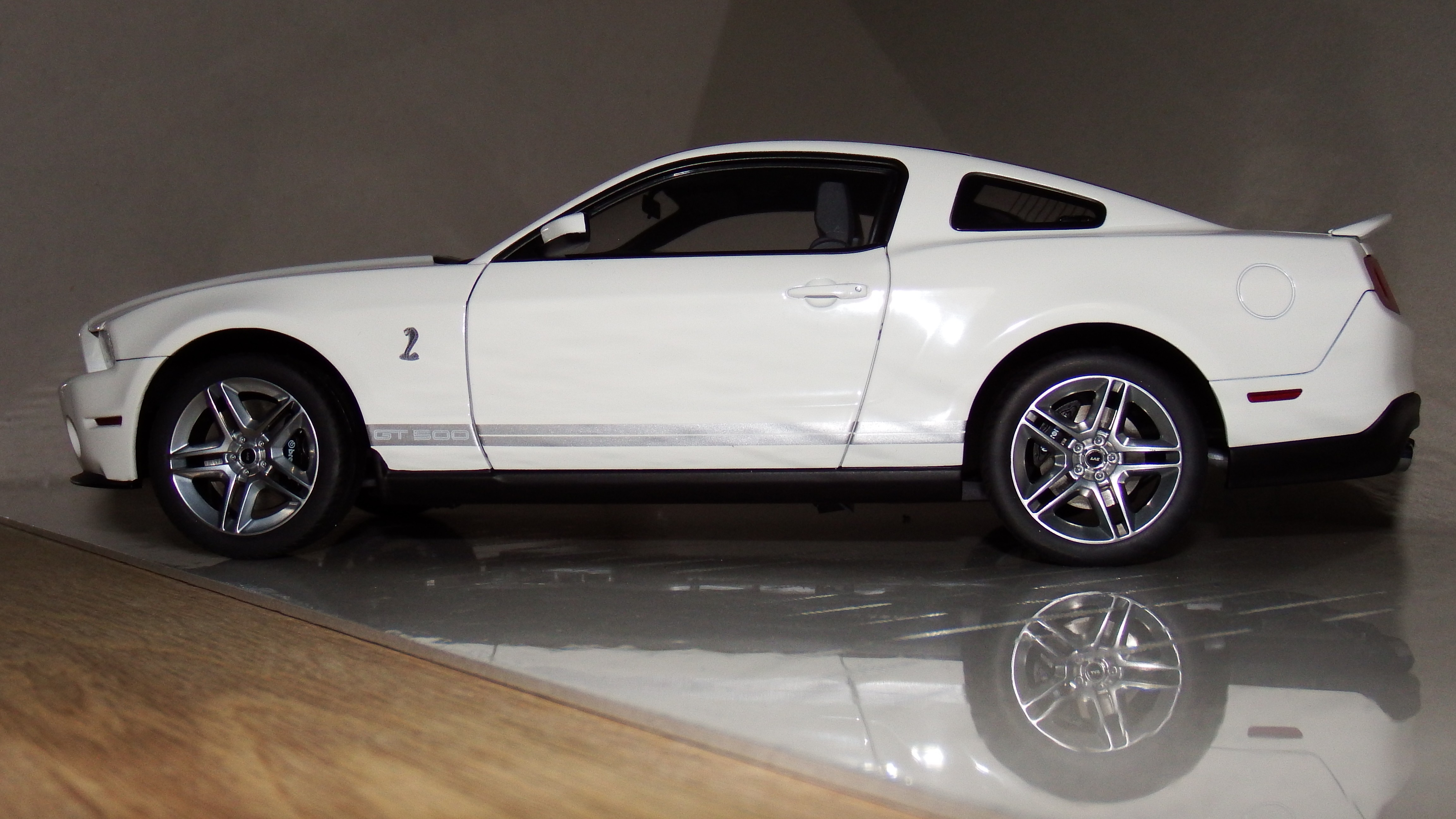 AutoArt Ford Mustang Shelby GT500 - DX Muscle Cars   Pony Cars ...