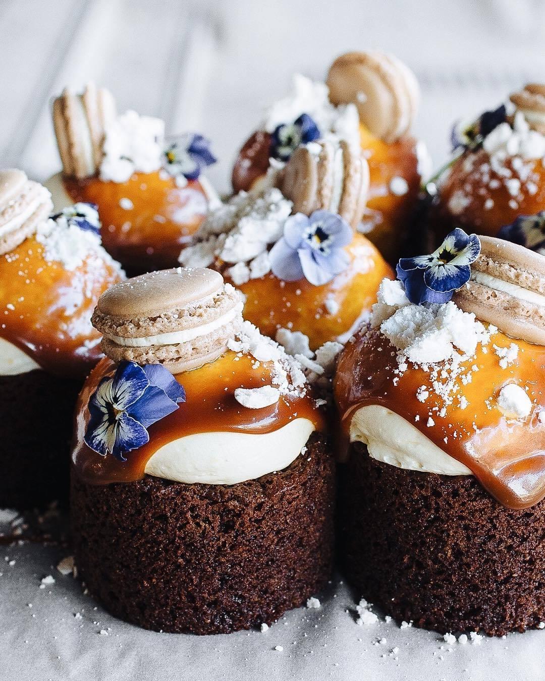 FAVOURITE CAKES-14532-macarenagea