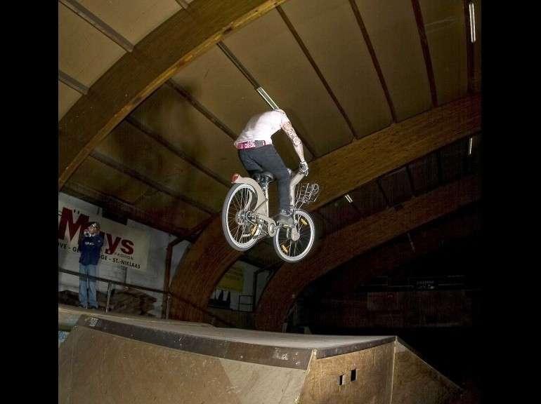 En vélib' au skate-park