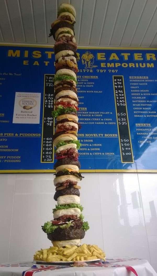 Burger géant de 1,50 mètre