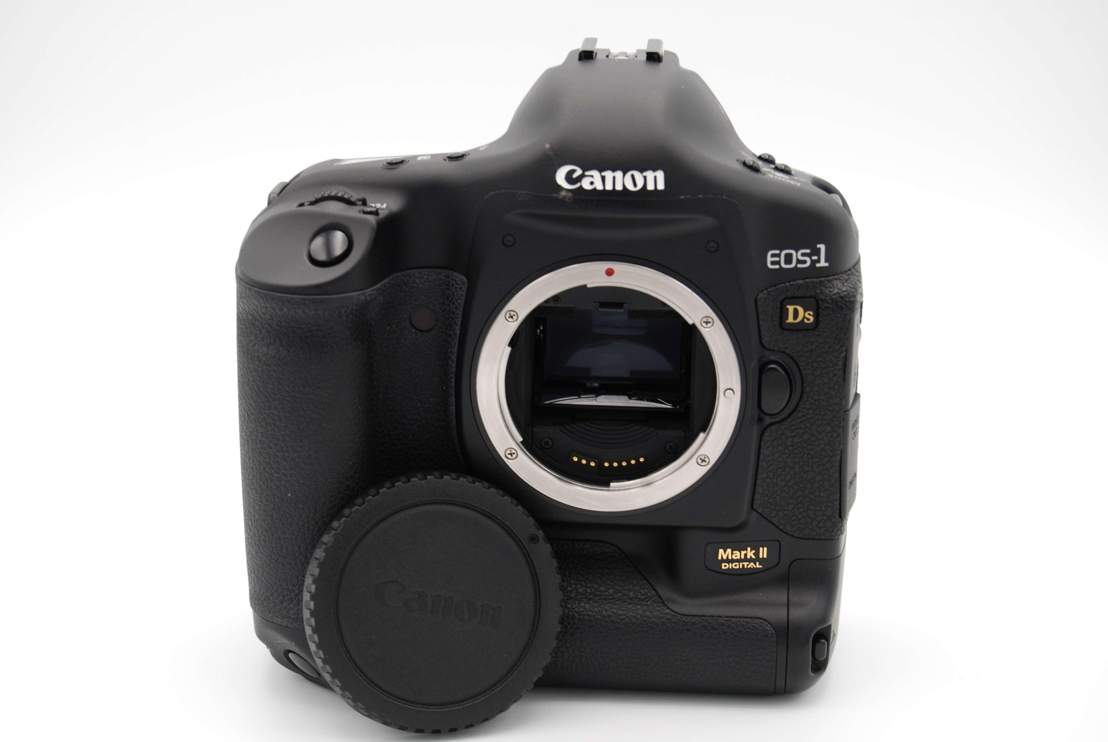 canon eos 1ds mark ii 16 7 mp 2 screen digital slr camera body rh ebay com