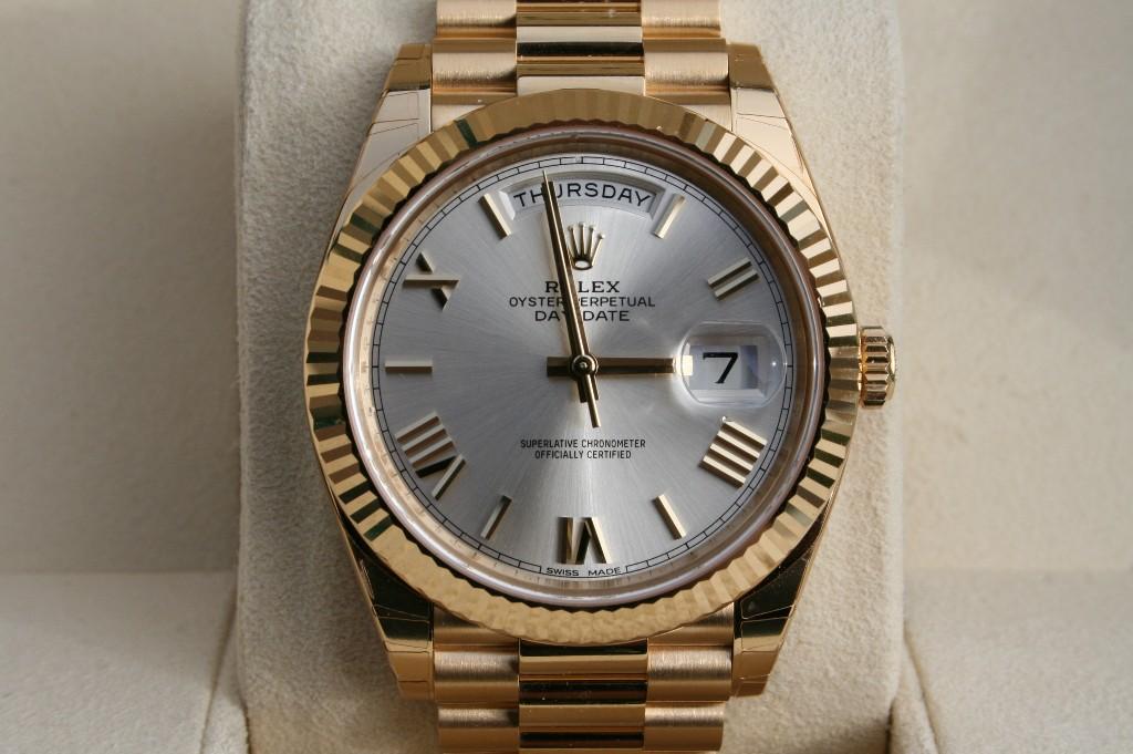 Fs Lnib Rolex 40mm Day Date In 18k Yellow Gold Model 228238