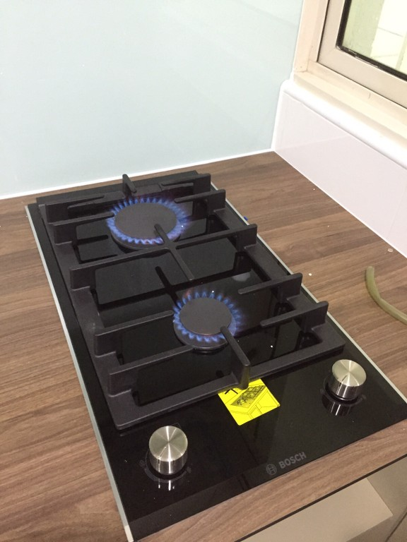 Microsoft Com1 Microsoft Way Redmond: If You Have Bought This Hob : Bosch Domino 2 Zone Gas