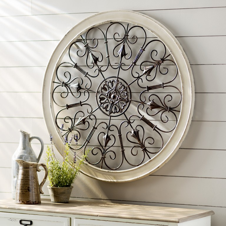 This White Round Wrought Iron Wall Decor Is Truly A Must Have For Home Antique Makes Great Addition To Any Room