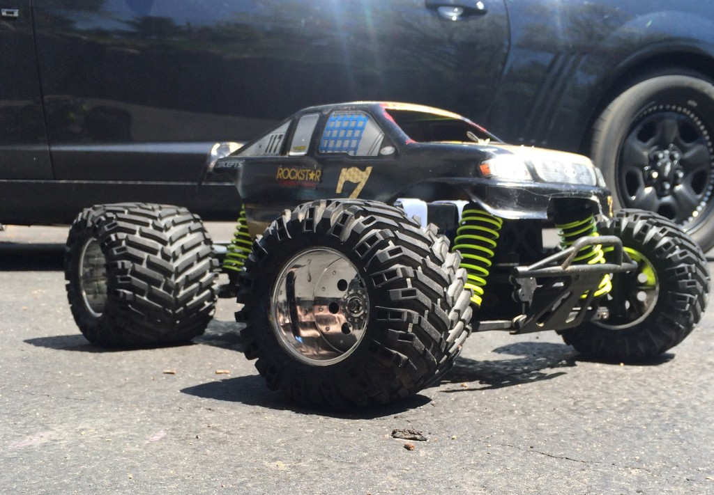 Piks of your MEAN truck!!! - Page 22 - R/C Tech Forums
