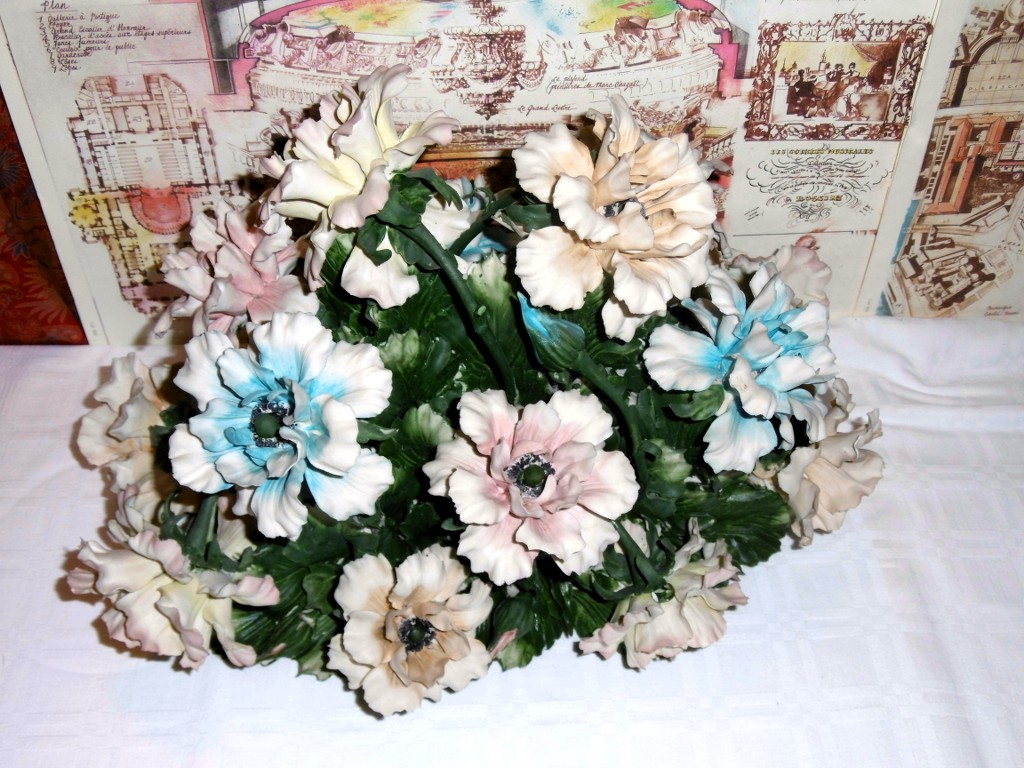 Blasone shop vintage & luxury : composizione centrotavola fiori