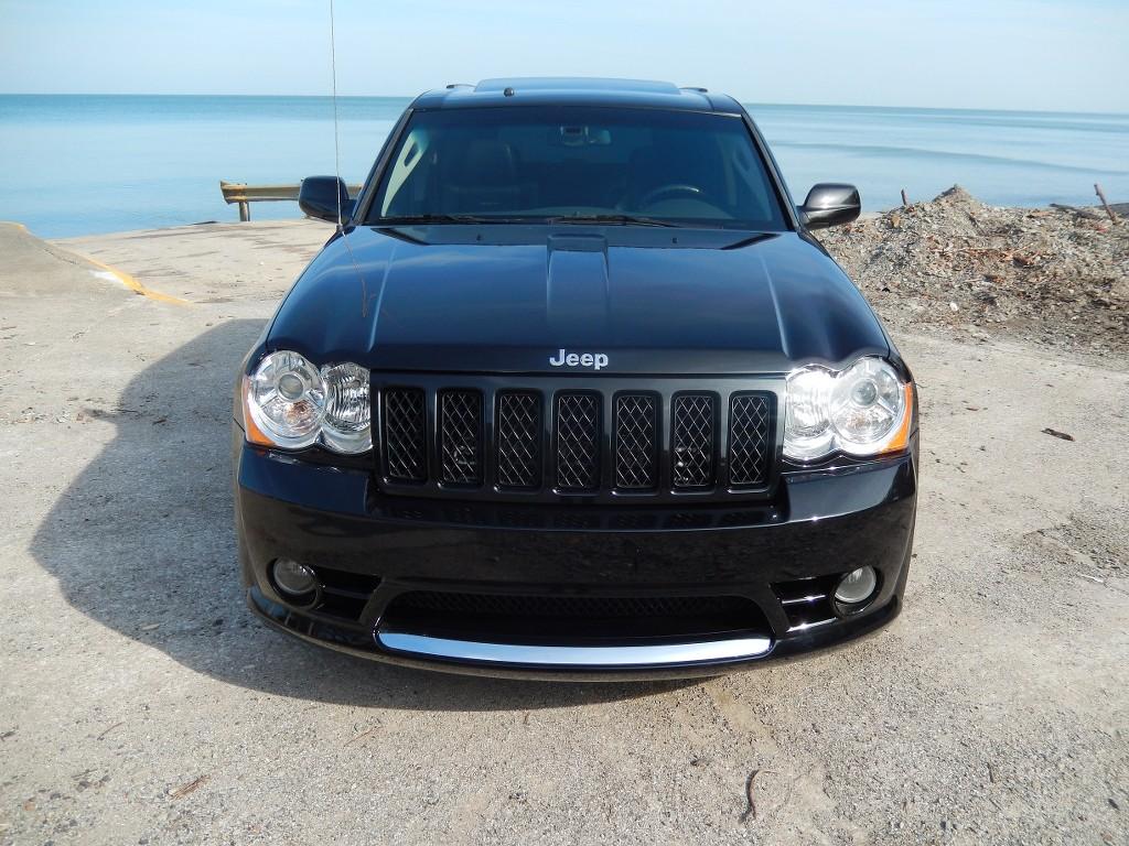 09 Jeep Grand Cherokee SRT-8 6 1L HEMI 78K 4WD - Cleveland