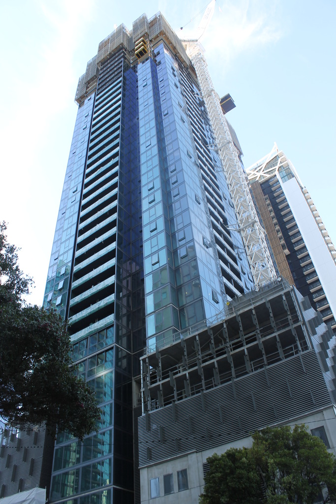 SOUTHBANK   141-155 City Rd   Southbank Grand   43L   Residential