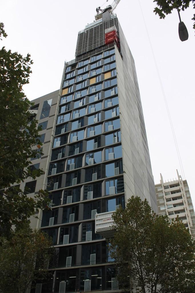 CBD | The Carlson | 321 La Trobe Street | 109m | 35L | Residential