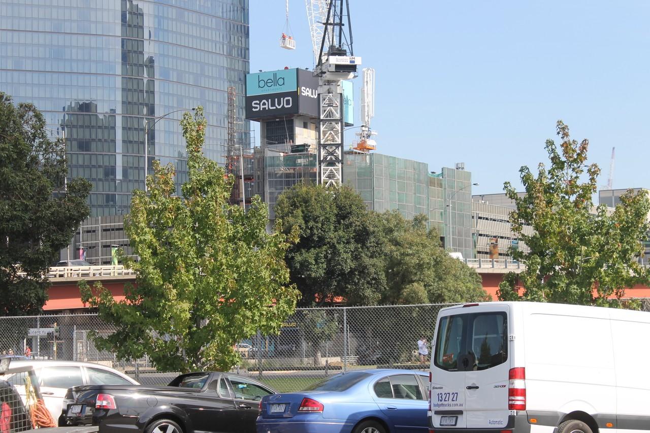 SOUTHBANK | Bella Southbank | 252 City Road | 35L | ~105m | Residential