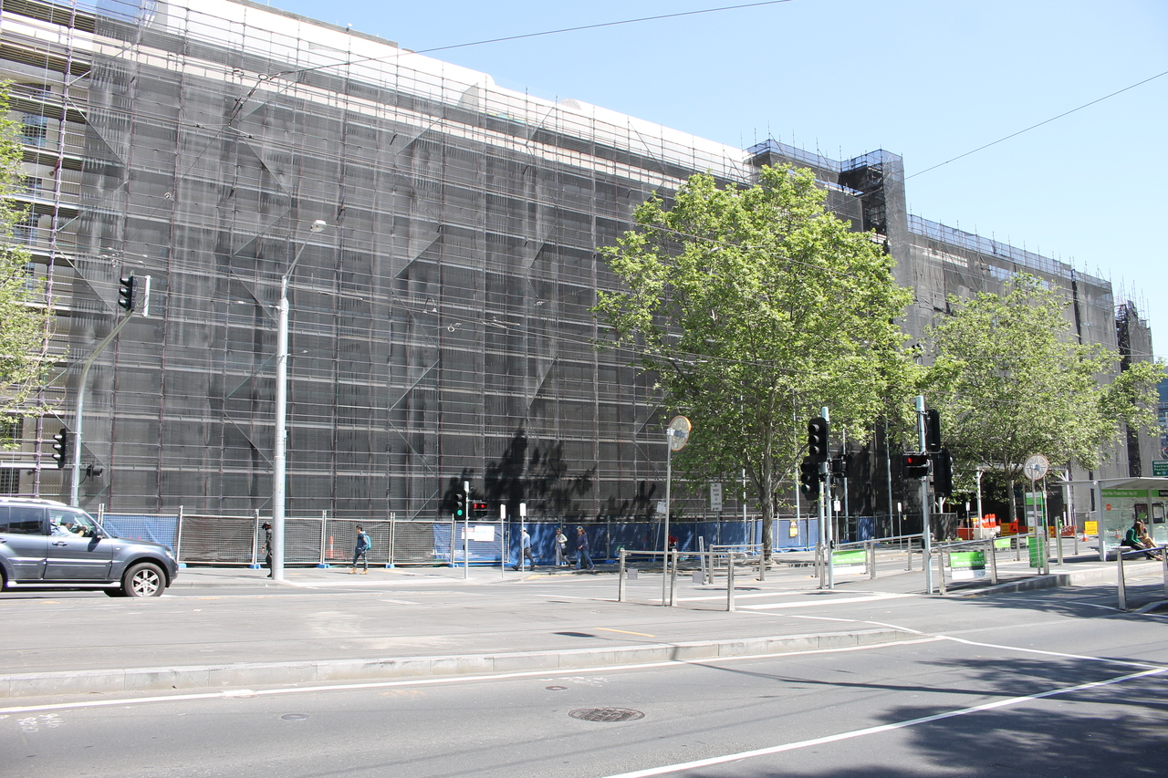 CBD | Flinders Bank | 7-23 Spencer Street | 34L | 3 towers | Residential