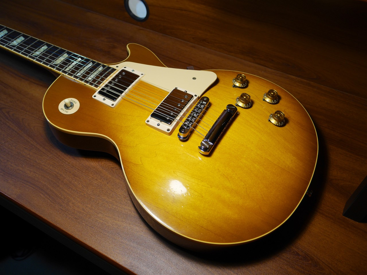sold 1996 gibson les paul standard honeyburst the gear page. Black Bedroom Furniture Sets. Home Design Ideas