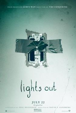 Μη σβήσεις το φως (Lights Out) Poster