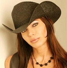 Fotos de Paola Lupi (La Hora Pico) en Playboy