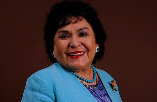 Carmelita Salinas en la lista de los 'pluris' del PRI y los memes al respecto