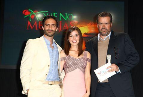 Carlos Moreno Laguillo, Camila Sodi y Osvaldo Benavides