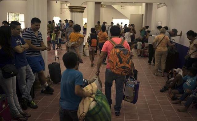 Huracán Patricia se desvió de Puerto Vallarta
