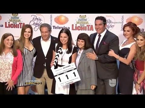 Foto del claquetazo inicial de la telenovela Antes muerta que Lichita