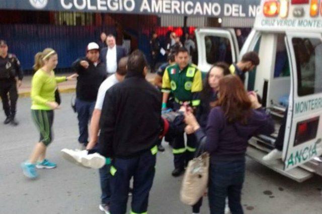 Estudiante dispara a compañeros en Monterrey