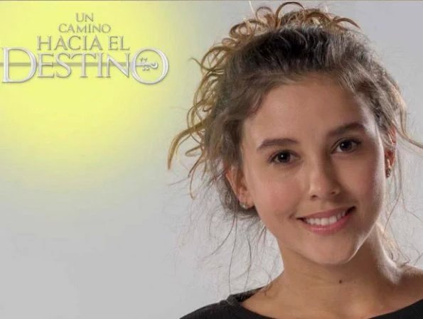 Luisa Fernanda (Paulina Goto)