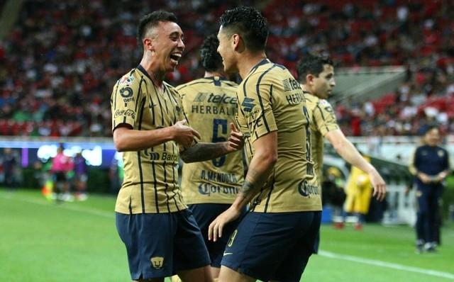 Pumas pone fuera Felipe Mora y Martín Rodríguez