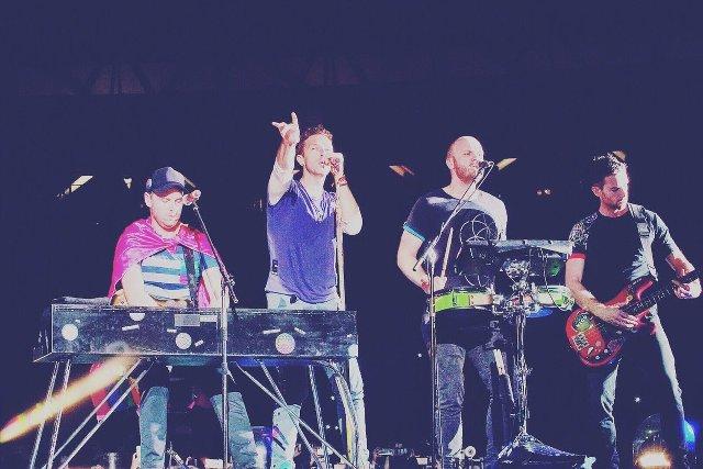 Video de Coldplay interpretando «Música Ligera» de Soda Stereo