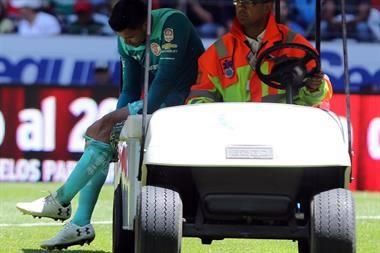 Alfredo Talavera será baja por seis meses por lesión