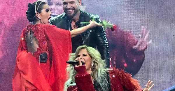 Rafael Amaya en concierto de Alejandra Guzmán y Gloria Trevi