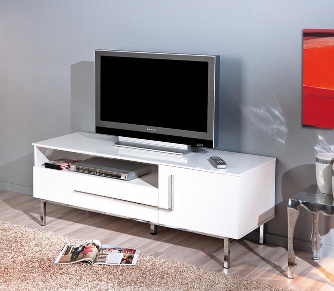 Mobili Tv Bianco Opaco: Classico mobile porta tv bianco opaco.