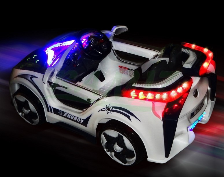 kinder elektro auto 2 motoren 2x45w 12v akku fernbedienung. Black Bedroom Furniture Sets. Home Design Ideas