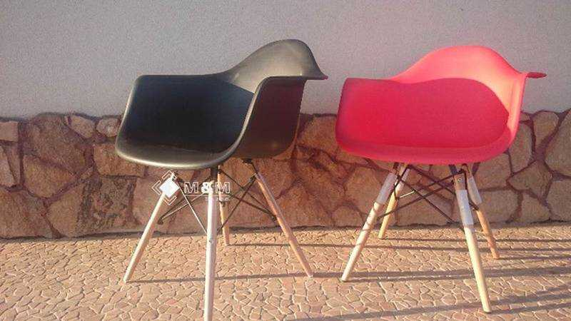Plastik stuhl schwarz retro industrial designklassiker for Plastik schalenstuhl