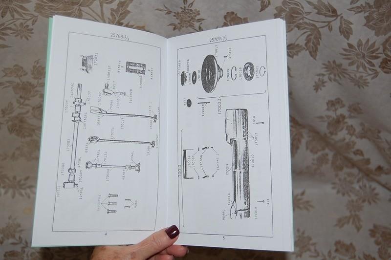 Illustrated Parts Manual For Service Servicing Singer 301