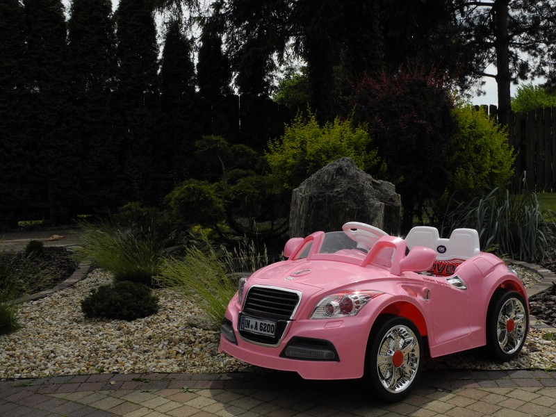 coupe roadster elektroauto f r kinder elektro kinderauto. Black Bedroom Furniture Sets. Home Design Ideas