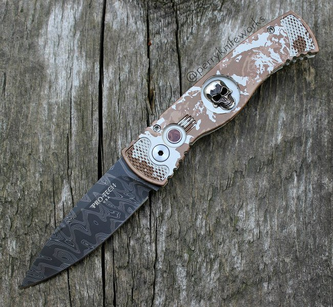 Protech Custom TR-2 Skull P K  Splash Automatic Knife