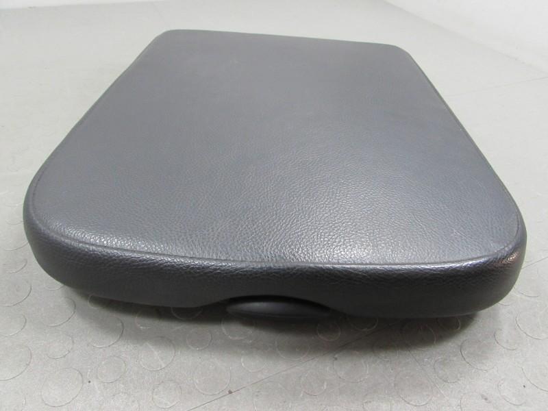 02 08 dodge ram truck center console armrest arm rest lid leather black j ebay. Black Bedroom Furniture Sets. Home Design Ideas