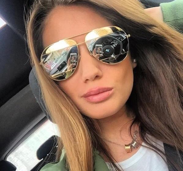 Occhiali Da Sole A Specchio Montatura Metallo Modello
