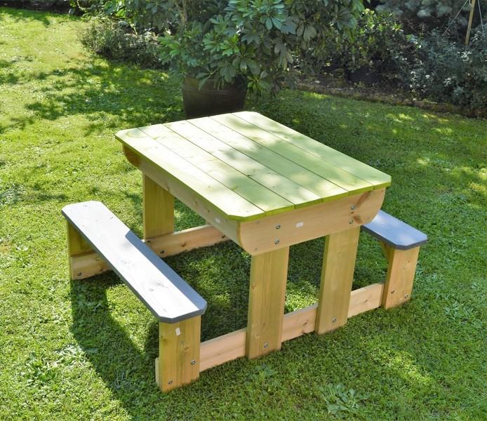 sand und wasser spieltisch picknicktisch aus holz mit 2 sitzb nke 4751017092057 ebay. Black Bedroom Furniture Sets. Home Design Ideas