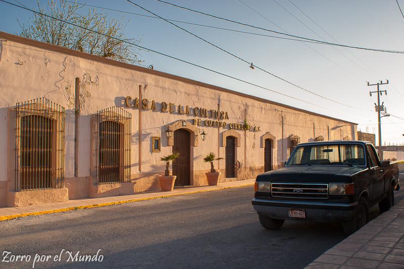 Exterior de Casa de Cultura de Cuatrociénegas