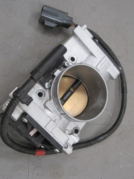 Sell 99-02 Volvo S80 S70 S60 V70 XC70 C70 Throttle Body ETM