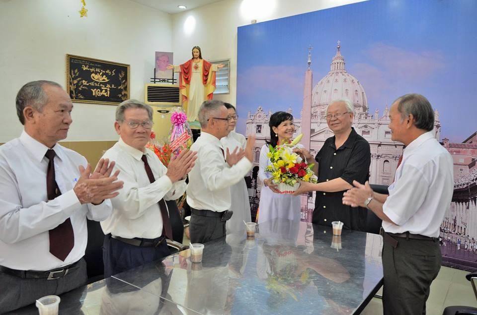 Giáo hạt Phú Thọ: GĐPTTT chúc Tết quý cha