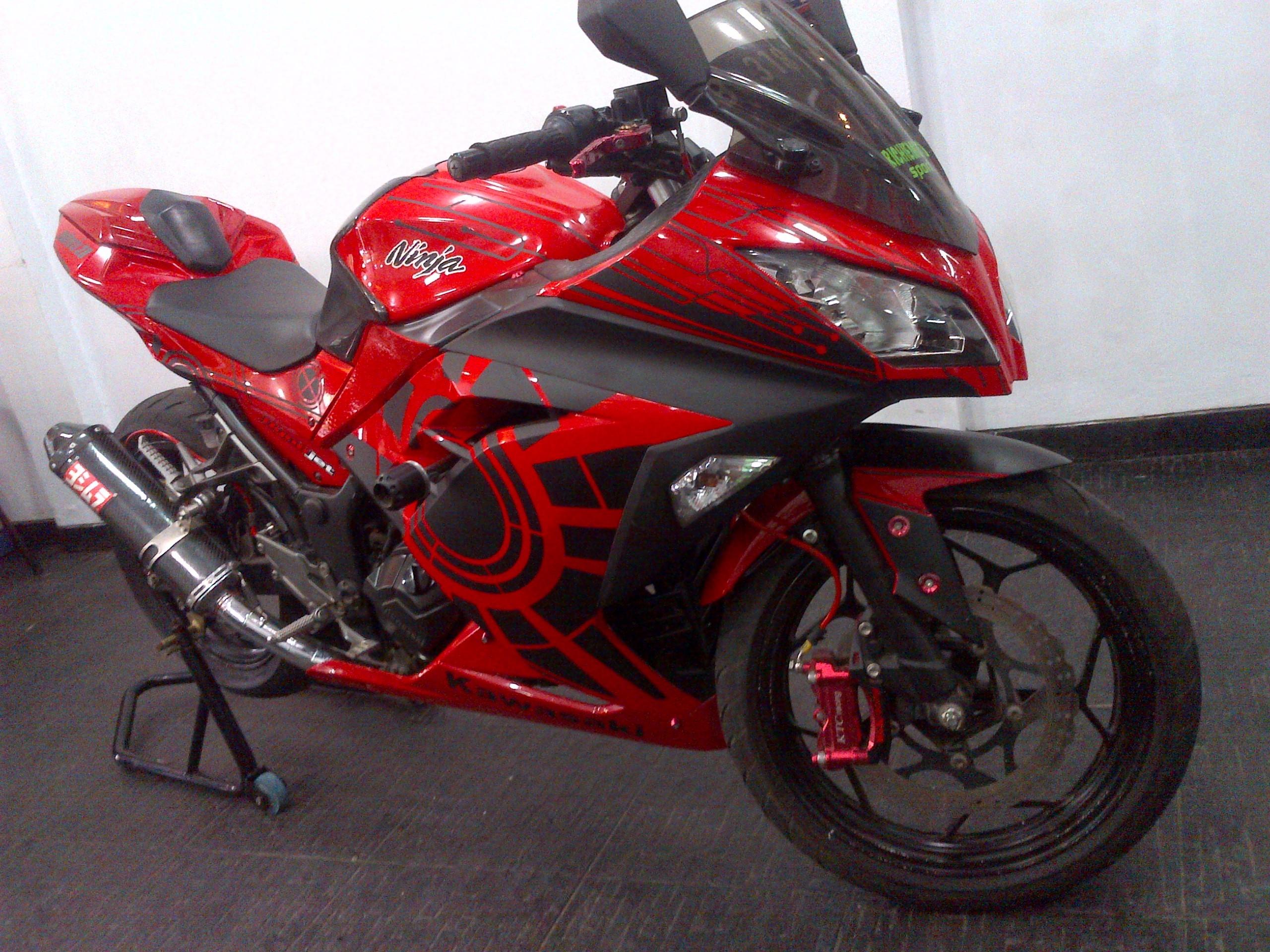 Kumpulan Gambar Modifikasi Motor Ninja 4 Tak Warna Merah